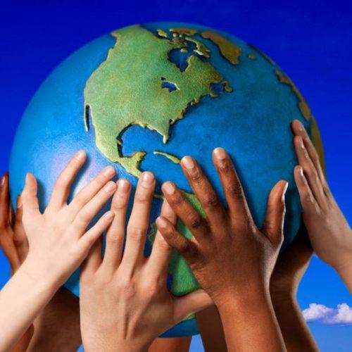 """Per costruire un mondo migliore, è necessario avere un qualche """"ideale""""  da perseguire?"""